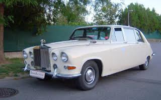 Daimler Majestic Royal (Mit Trennwand) Rent Niederösterreich